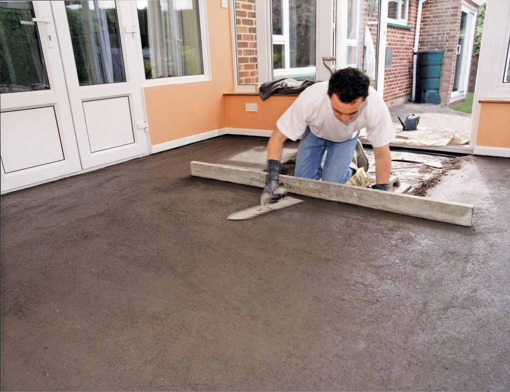 Screeding a conservatory floor